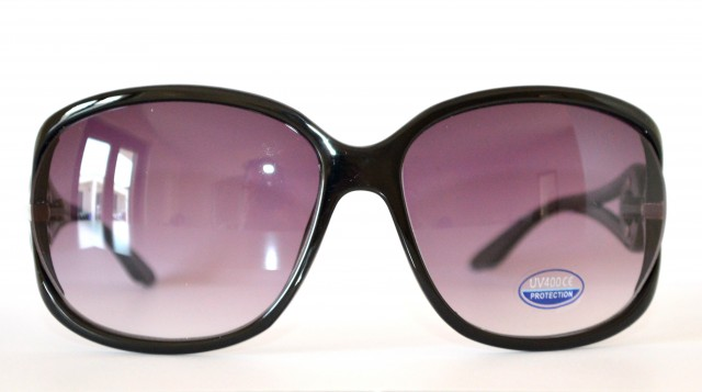 Occhiali da sole neri donna lenti sfumate ovali cerchi for Occhiali neri da sole