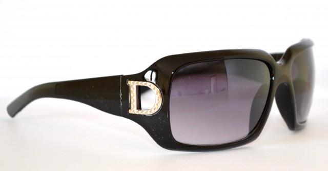 Occhiali da sole neri sexy donna d metallo eleganti for Occhiali neri da sole
