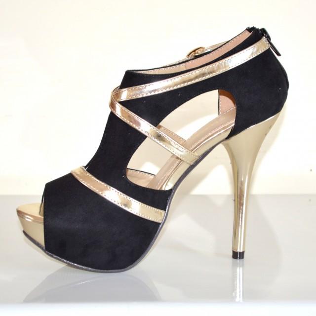scarpe bianche con plateau