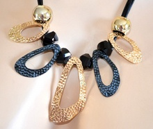 COLLANA donna NERA elegante CIONDOLI pietre NERO ORO girocollo SEXY dorato fili halskette 740