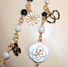COLLANA LUNGA donna PERLE oro dorata ciondoli charms beige neri pendagli fiori cuori N45