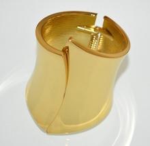 BRACCIALE RIGIDO oro dorato alto a schiava sexy donna ragazza metallo lucido A33