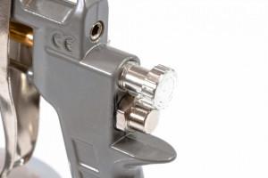 Pistol pneumatic p/u vopsit, rezervor-part. de jos,V=0,75 L, diametru duze 1.2, 1.5 si 1.8 mm// MTX Profesional