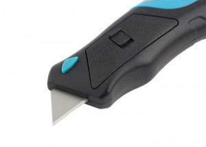 Cutter automat tip briceag, cu buton, lama trapezoida, maner cu trei componente, 175 mm + 5 lame, Gross