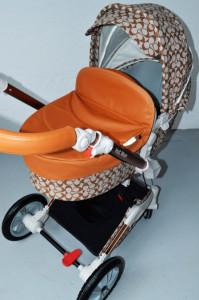 Carucior Copii Hot Mom 360 Light Brown 3 in 1, varsta intre 0 si 3 ani, Cadru, Landou, Modul Sport, Scoica auto si Accesorii
