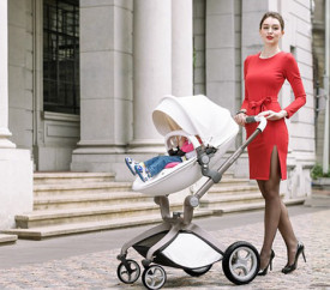 Carucior Copii Hot Mom Premium 2 in 1 Alb, varsta intre 0 si 36 luni, compus din Cadru, Landou si Modul Sport, Pernita Roz