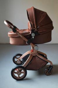 Carucior Copii Hot Mom Premium Coffee 3 in 1, varsta intre 0 - 36 luni, cu un design modern cu cadru din aluminiu si pernita din spuma ergonomica Eva