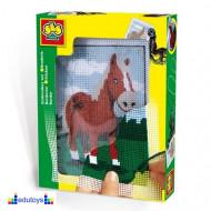 Creative goblen konj