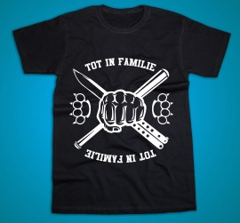 Tot in familie [Tricou Oficial]