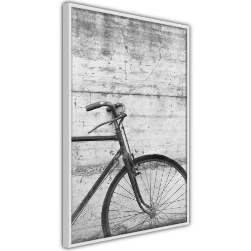 Poster - Bicycle Leaning Against the Wall