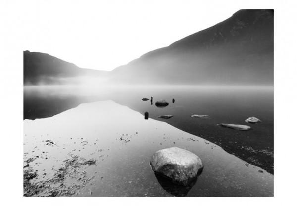 Fototapet - Mountain lake - black and white photo