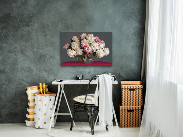 Pictatul pentru recreere - White Flowers In A Vase