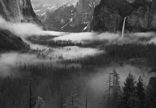 Fog Floating In Yosemite Valley Photo Wallpaper Mural