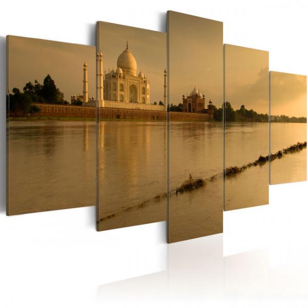 Tablou - The legendary Taj Mahal