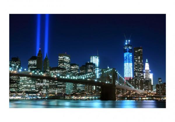 Fototapet - Floodlights over NYC