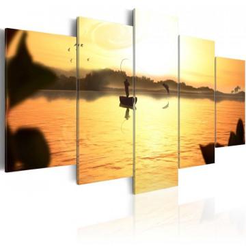 Tablou - A lake at dusk