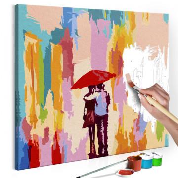 Pictatul pentru recreere - Couple Under An Umbrella (Pink Background)