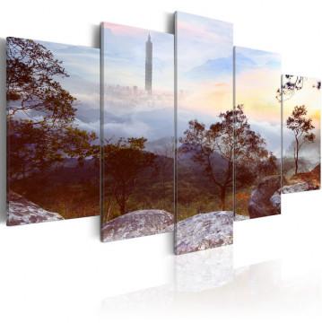 Tablou - Tower and horizon