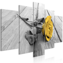 Tablou - Rose on Wood (5 Parts) Wide Yellow