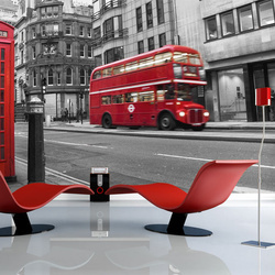 Fototapet - Red bus and phone box in London