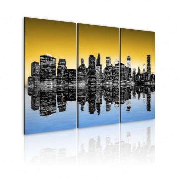 Tablou - NYC mirror reflection - triptych