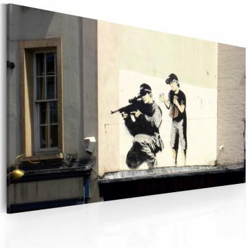 Tablou - Sniper and boy (Banksy)