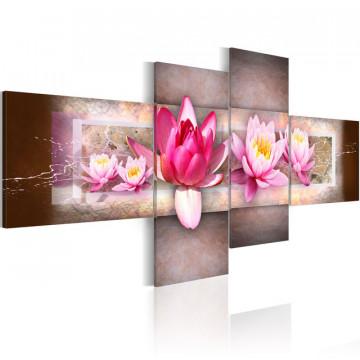 Tablou - Delicate water lilies
