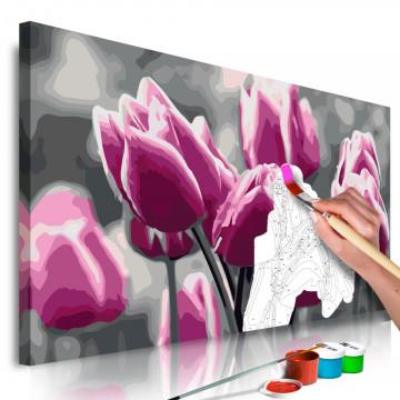 Pictatul pentru recreere - Tulip Field