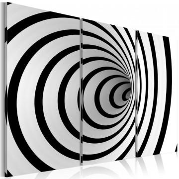 Tablou - Black & white wires mixed up