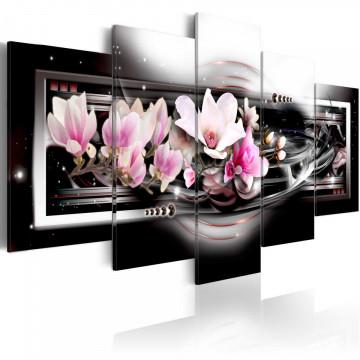Tablou - Magnolias on a black background