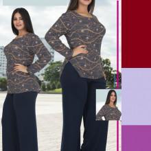 Compleu dama bluza imprimeu stelat si pantaloni bleumarin lungi .