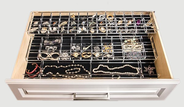 Cum poţi avea grijă de bijuteriile tale
