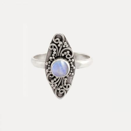 inel de argint cu piatra lunii