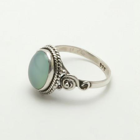 inel de argint cu calcedonie