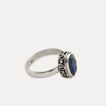 inel de argint cu kianit