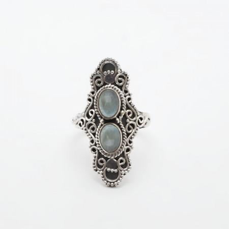 inel de argint cu rădăcină de acvamarin