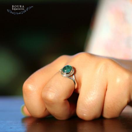 inel cu apatit