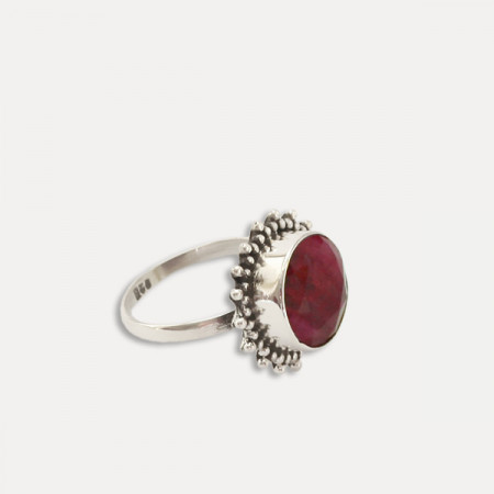 inel de argint cu rubin