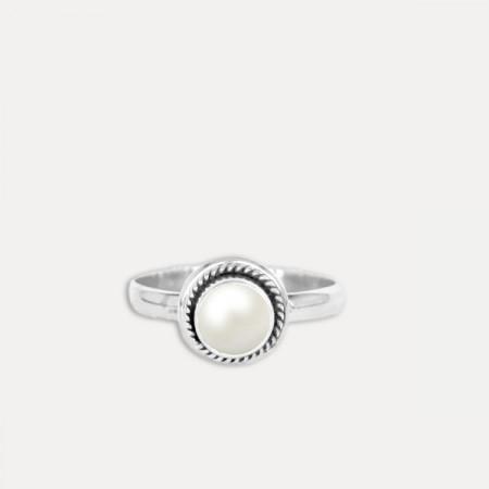 Inel de argint cu perlă