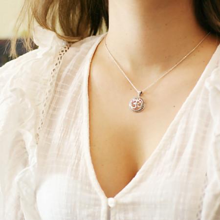 Pandantiv argint simbol Om
