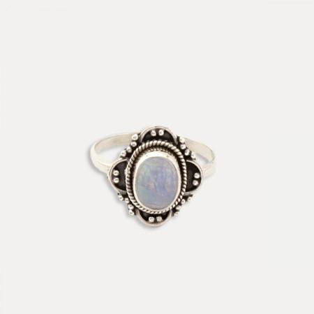 Inel de argint cu piatra lunii Taina