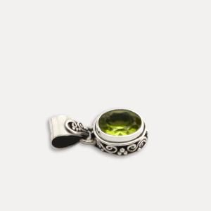 pandantiv argint peridot Bali