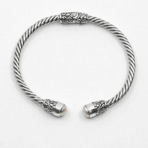 Brățară de argint unicat cu perle Devata