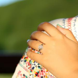 Inel cu perlă