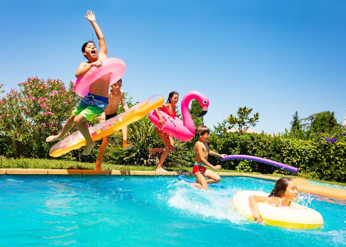 Importanța alegerii accesoriilor corecte de înot pentru copii