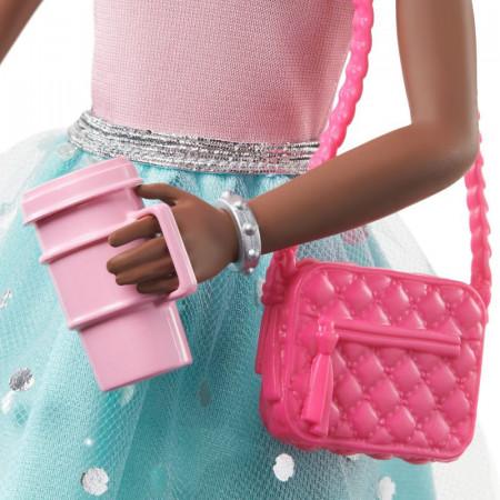 Set papusa Barbie mulatra cu accesorii Barbie Princess Adventure