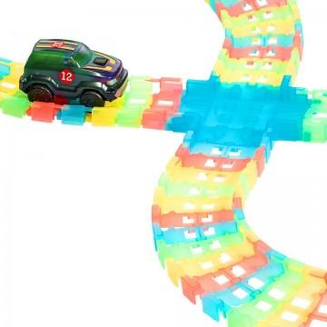 Circuit si masinuta cu lumini Glow Racer 85 piese