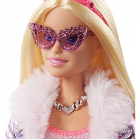 Set papusa Barbie cu par blond si accesorii Barbie Princess Adventure