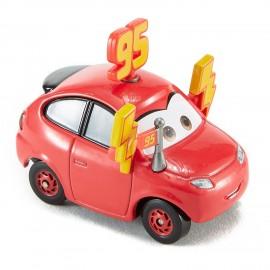 Masinuta metalica Maddy McGear Cars 3