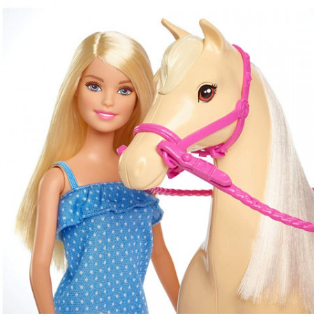 Set papusa Barbie si cal